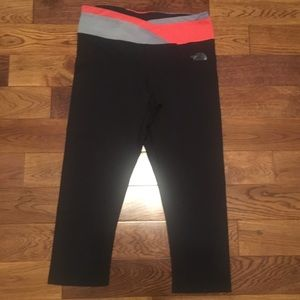 The North Face pink & purple crop leggings small.